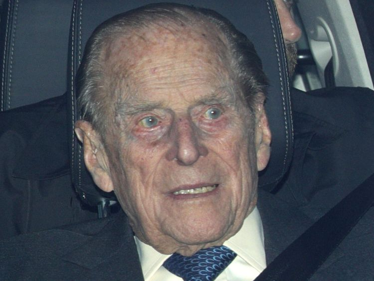 Police speak to Prince Philip after he drives without seatbelt