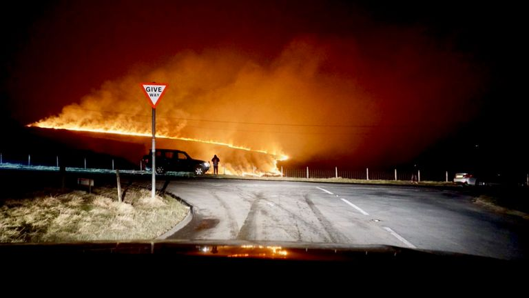 'Apocalyptic' fire breaks out on Saddleworth Moor