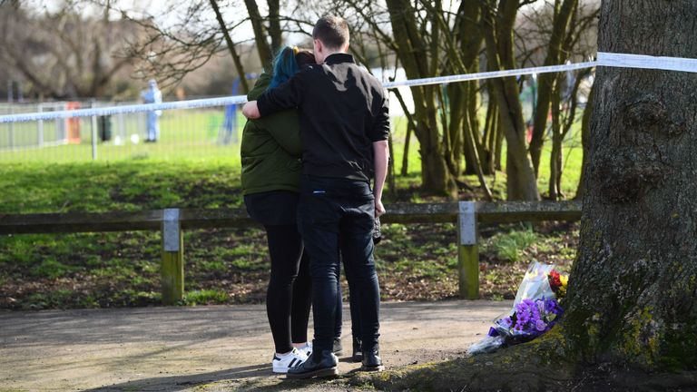 'Help me': Girl, 17, stabbed to death in London park