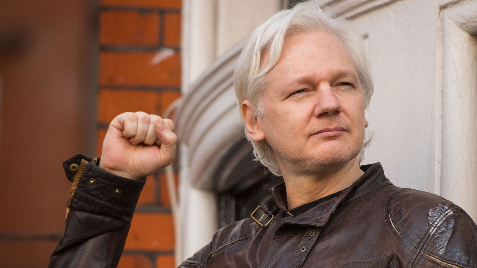 WikiLeaks: Julian Assange to be expelled within hours to days