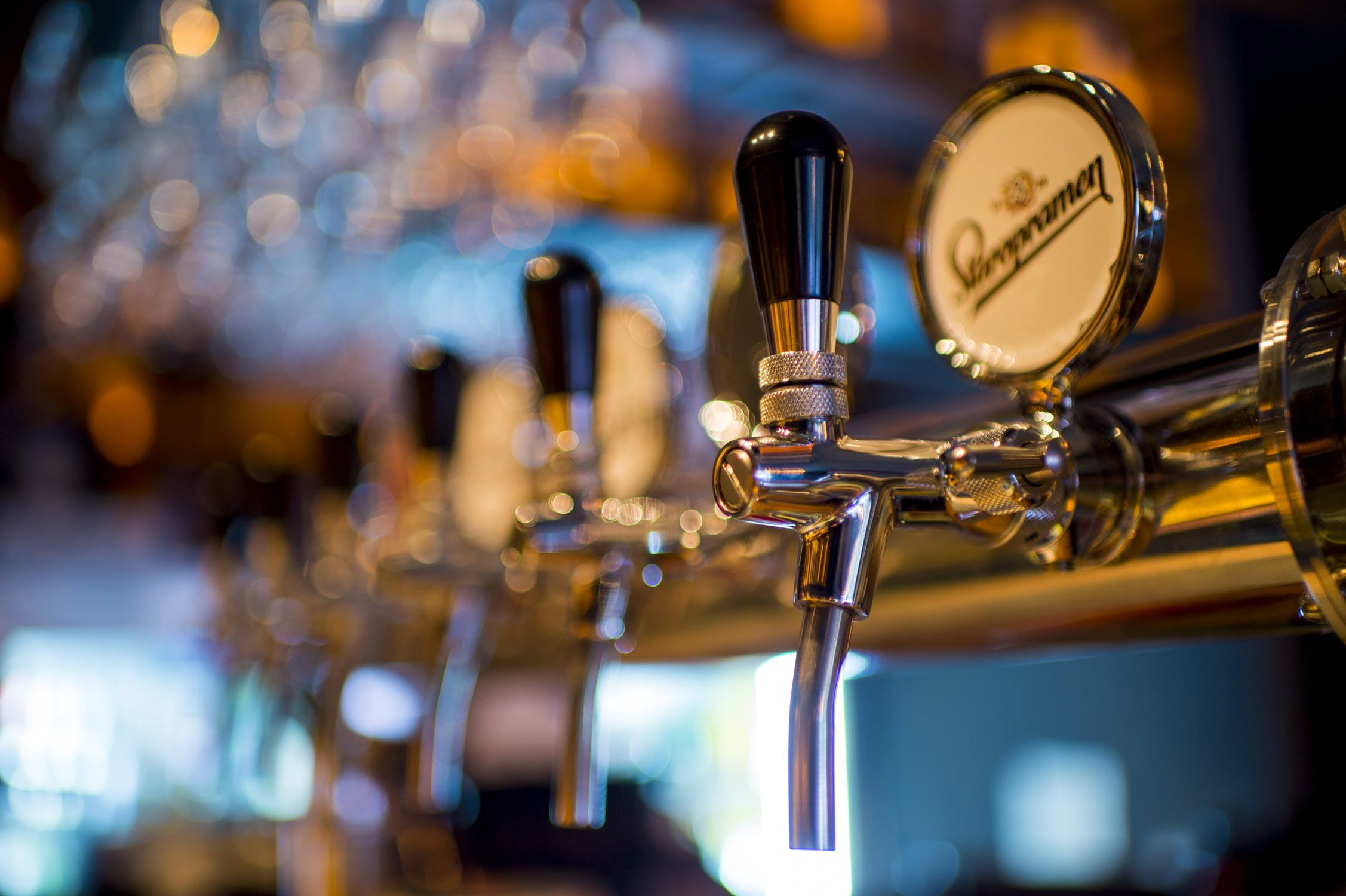 """Crown and Anchor customers """"urged"""" to get tested"""