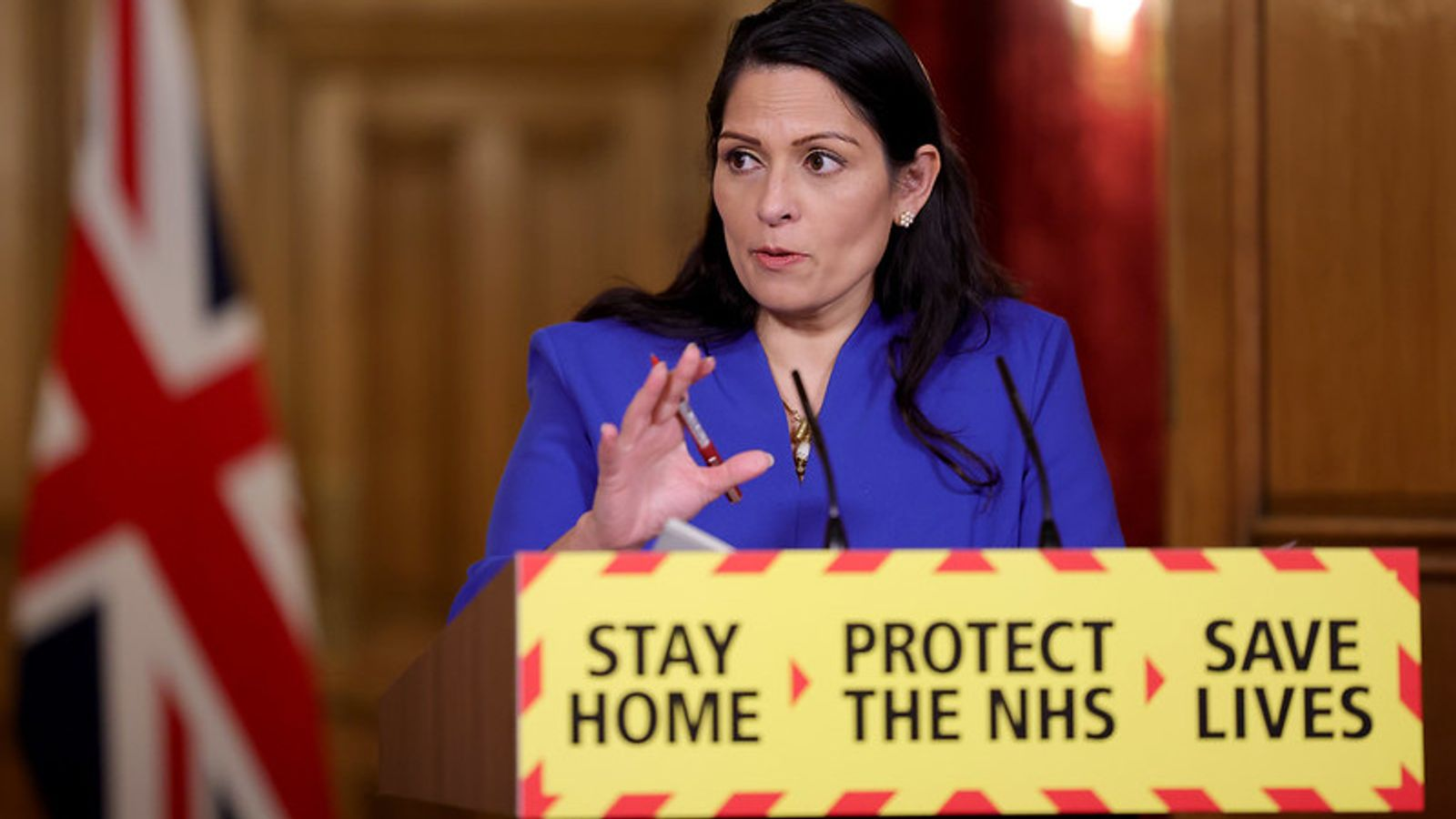 Number 10 contradicts Priti Patel after she says people in England must exercise alone