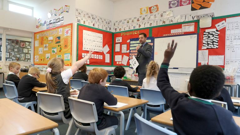 School bubbles to be scrapped in next stage of lifting COVID restrictions