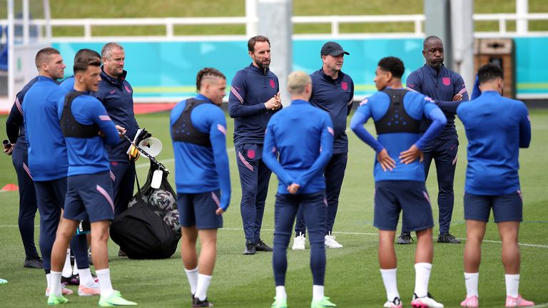 'They're not patriots': Fans who boo England's taking the knee criticised ahead of Euro opener