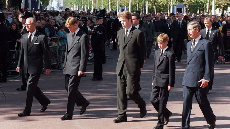 Family truce: William and Harry reunite to unveil a statue in memory of their mother