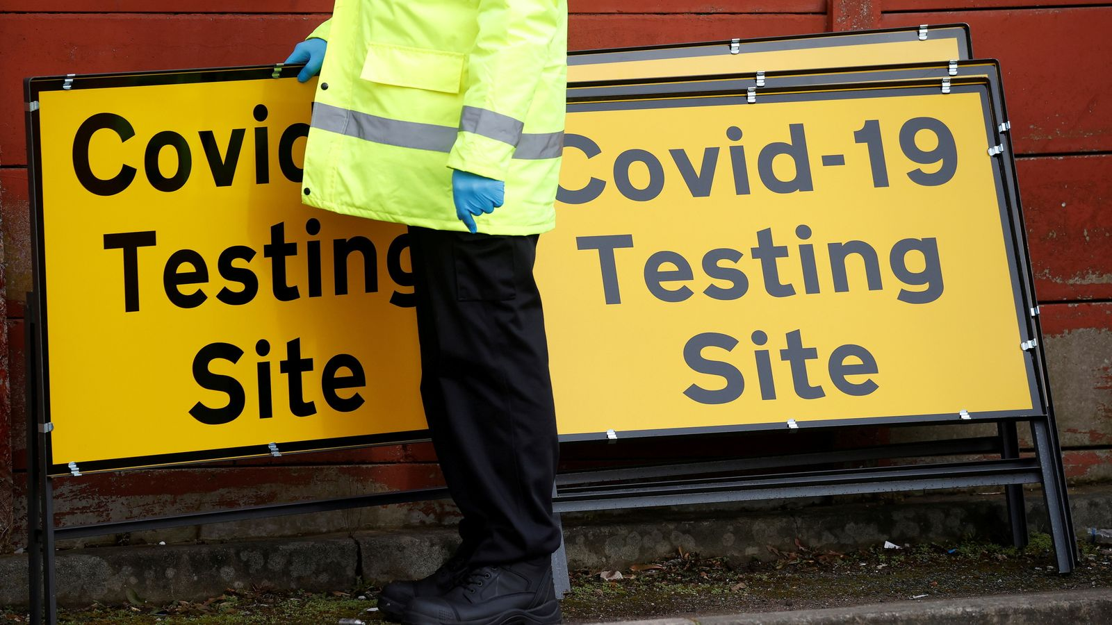UK reports another 29,520 COVID cases and 93 deaths, latest daily figures show